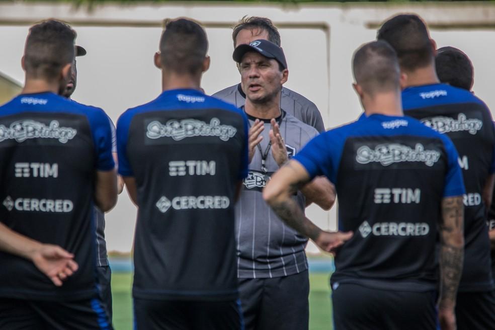 2ad5c0c0d6c51 ... Botafogo busca recomeço em 2019 diante do Juventude — Foto  Rener  Pinheiro   MoWA Press