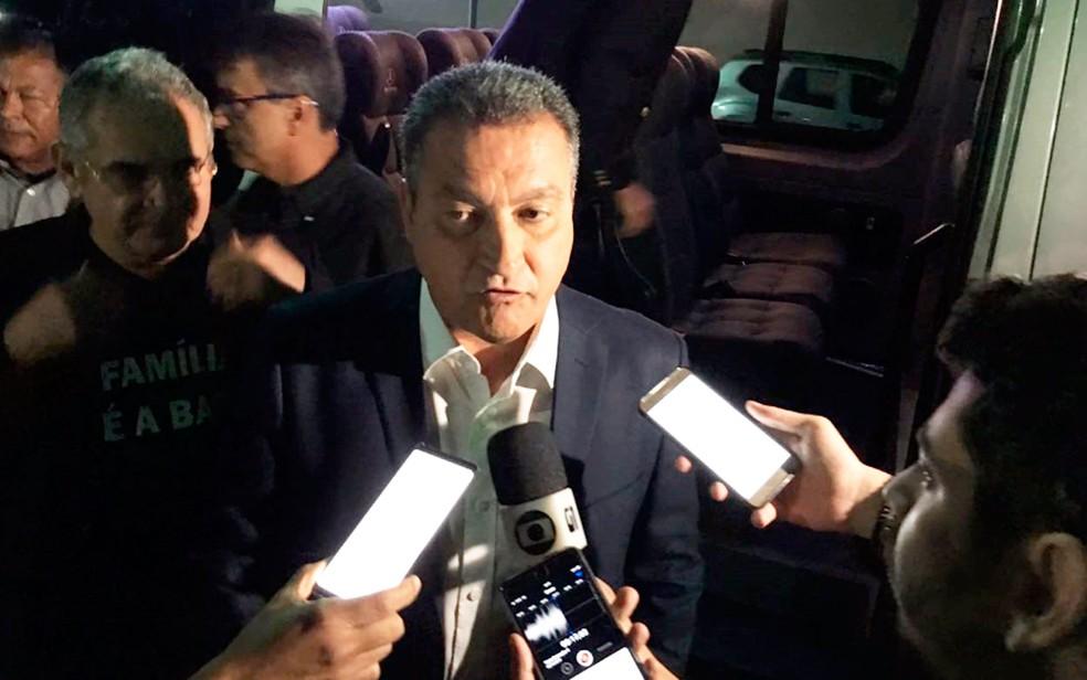 Governador Rui Costa disse que não vai a inauguração de aeroporto em Vitória da Conquista, com o presidente Jair Bolsonaro — Foto: Alan Oliveira/G1