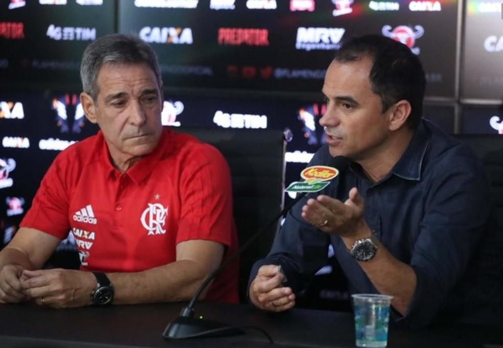 Capergiani e Caetano foram demitidos no dia seguinte a eliminação no Carioca (Foto: Gilvan de Souza/Flamengo)
