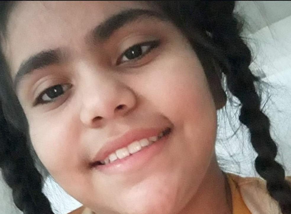 Mirella Poliane Chue de Oliveira, de 11 anos, morreu em junho deste ano em Cuiabá — Foto: Facebook/Reprodução