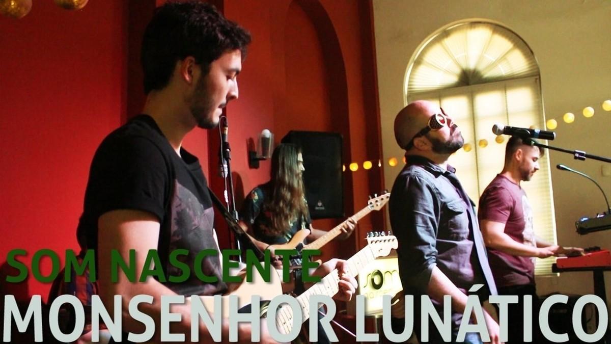 Monsenhor Lunático encarna persona do louco visionário em mini-ópera rock no Som Nascente