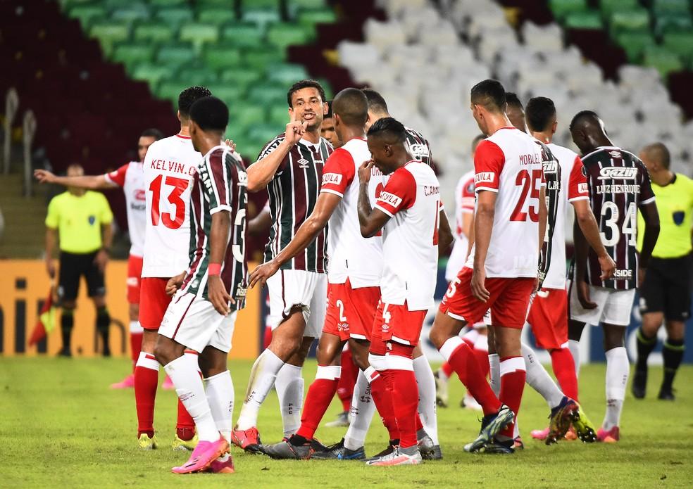 Fred em ação pelo Fluminense contra o Santa Fe — Foto: André Durão