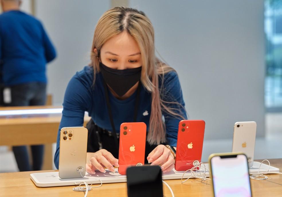 iPhone 12 em loja da Apple — Foto: Divulgação/Apple