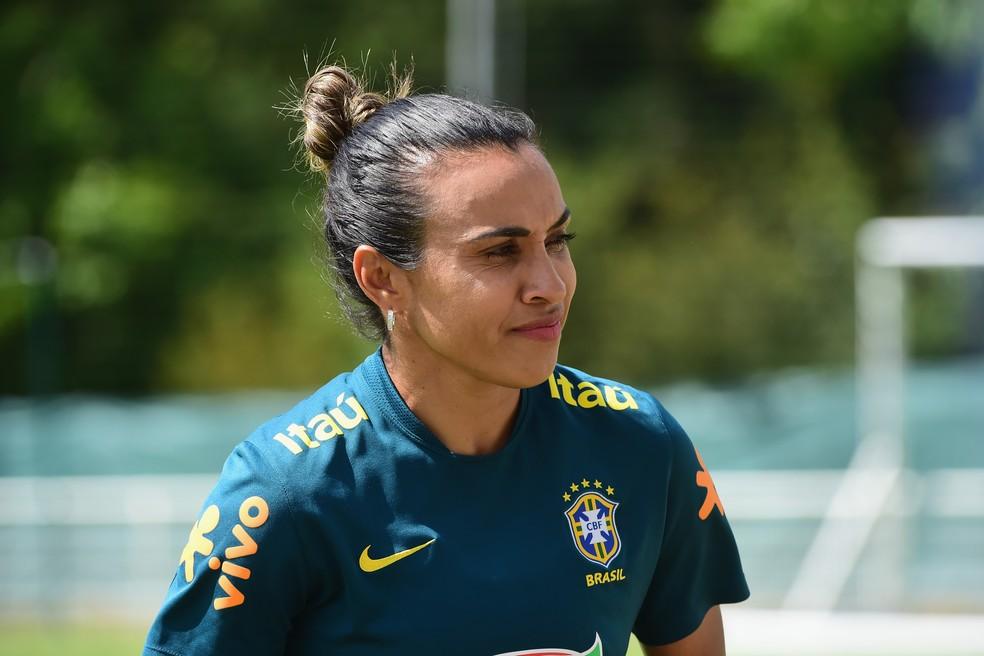 Marta em treino da seleção brasileira nesta segunda-feira — Foto: Getty Images