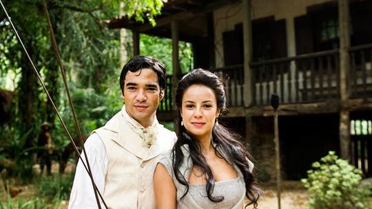 Andreia Horta e Caio Blat falam da parceria dentro e fora das telas
