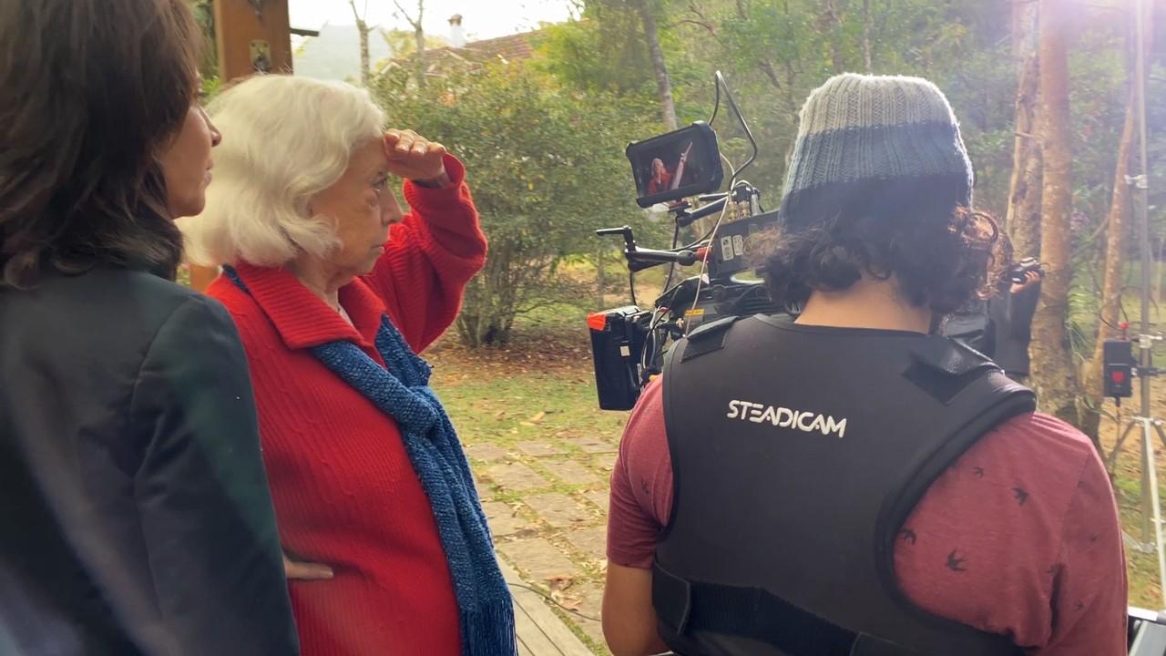 Veja os bastidores das gravações do episódio 'Gilda e Lúcia' de 'Amor e Sorte'
