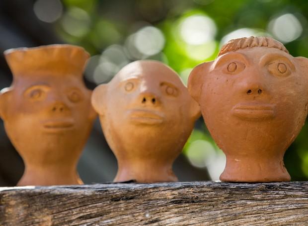 As cabeças de barro da artista Sil, de Alagoas, já viraram objeto de desejo entre os colecionadores de artesanato brasileiro (Foto: Sedettur Alagoas/Divulgação)