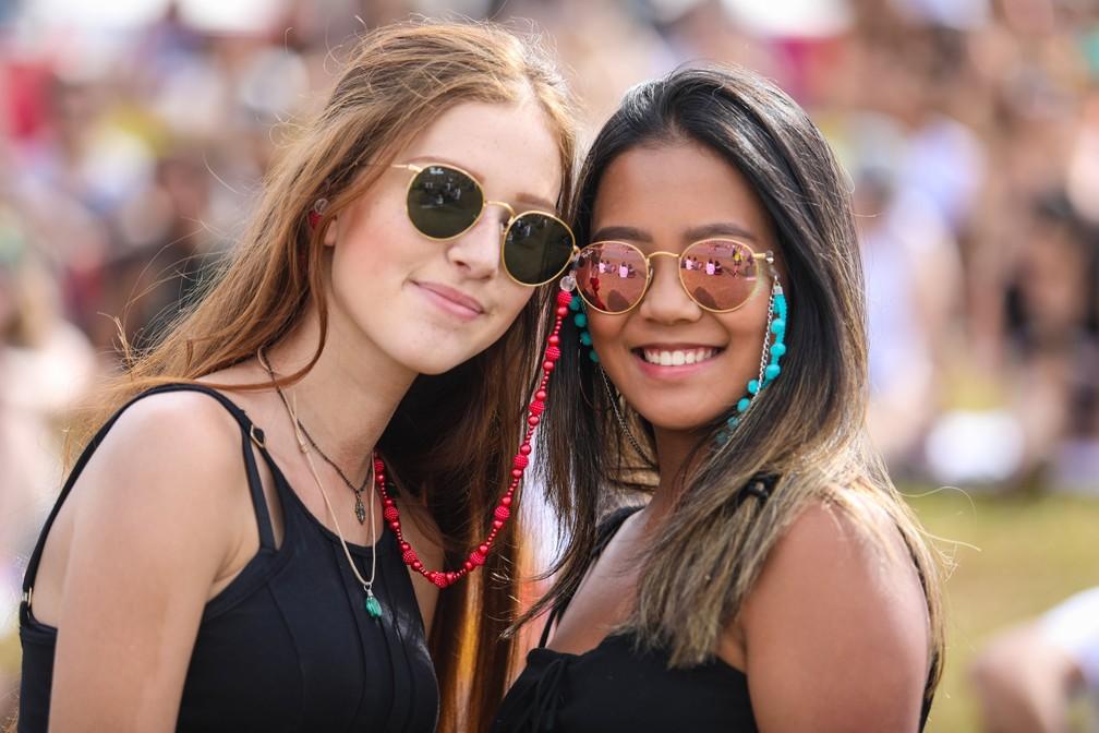 5ff68b87a3668 ... Cordinhas de óculos viram tendência entre público do Lollapalooza 2018  — Foto  Fabio Tito