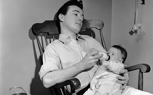 Depressão pós-parto pode afetar os pais, diz estudo - GQ | Paternidade