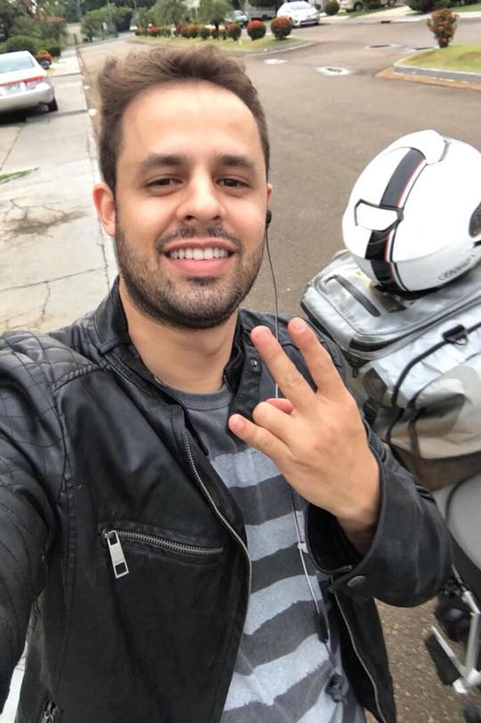 IC Nogueira Cabral morreu ao cair bater no guia de proteção da BR-364 (Foto: Facebook/Reprodução)