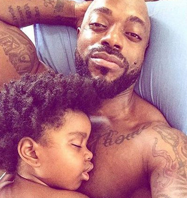 Thiago Thomé e a filha, Antônia (Foto: Reprodução/Instagram)