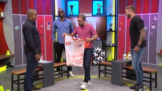 Boleiragem: Deivid veste camisa do Inacreditável FC após oito anos de recusa?