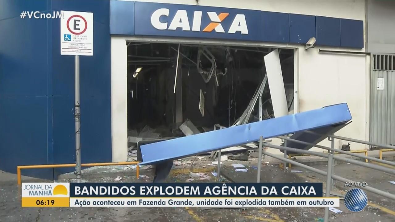 Agência da caixa é explodida no bairro da Fazenda Grande do Retiro, em Salvador
