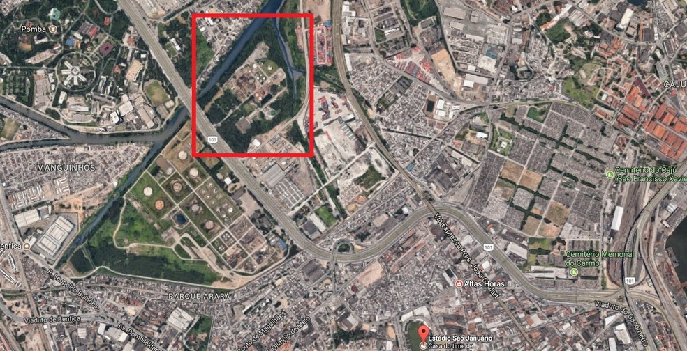 Área onde o Flamengo encontrou terreno fica no lado direito da Avenida Brasil, sentido zona norte do Rio (Foto: Reprodução)