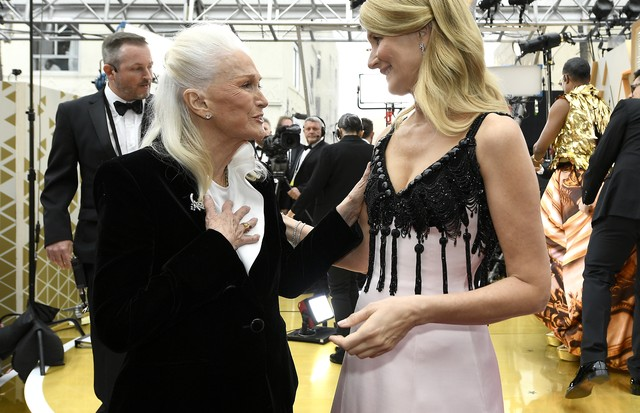 HOLLYWOOD, CALIFORNIA - FEBRUARY 09: Diane Ladd and Laura Dern (R) attends the 92nd Annual Academy Awards at Hollywood and Highland on February 09, 2020 in Hollywood, California. (Photo by Kevork Djansezian/Getty Images) (Foto: Getty Images)