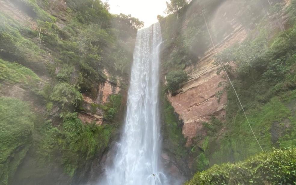 Cachoeira do Rio Preto onde jovem morreu — Foto: Reprodução/Corpo de Bombeiros