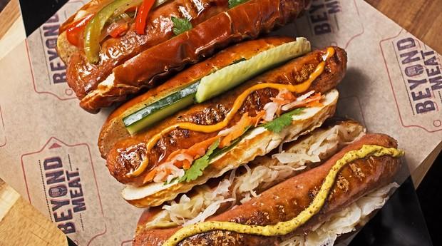 Hot dogs da Beyond Meat; empresa está presente em todo o Estados Unidos (Foto: Divulgação)