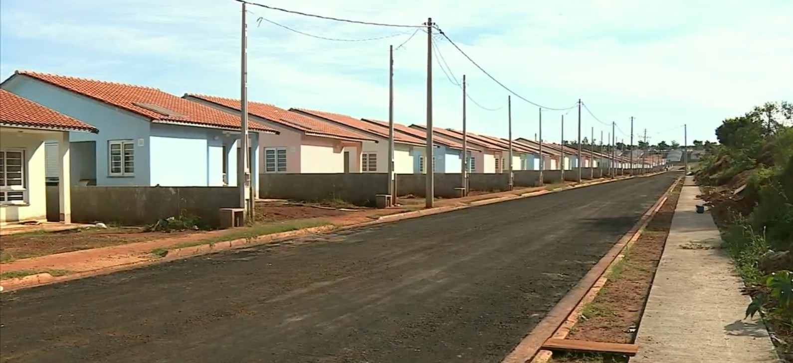 Com polêmica e 3 anos de atraso, prefeitura de Rafard entrega parte de conjunto habitacional - Notícias - Plantão Diário