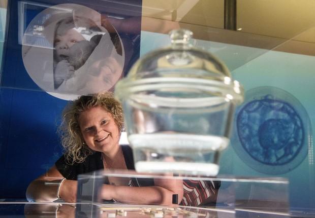 Há quase quatro décadas nascia na Inglaterra Louise Brown, o primeiro bebê de proveta do mundo (Foto: Leon Neal/Getty Images)