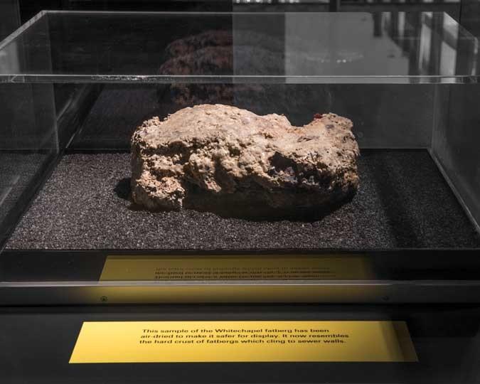 Fatberg exposto em museu de Londres (Foto: Divulgação)