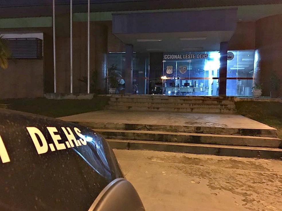 Crime será investigado pela Delegacia Especializada em Homicídios e Sequestros (DEHS) — Foto: Indiara Bessa/G1 AM