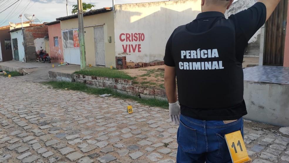 Crime aconteceu por volta das 16h desta terça-feira em Mossoró — Foto: Isaiana Santos/Inter TV Costa Branca