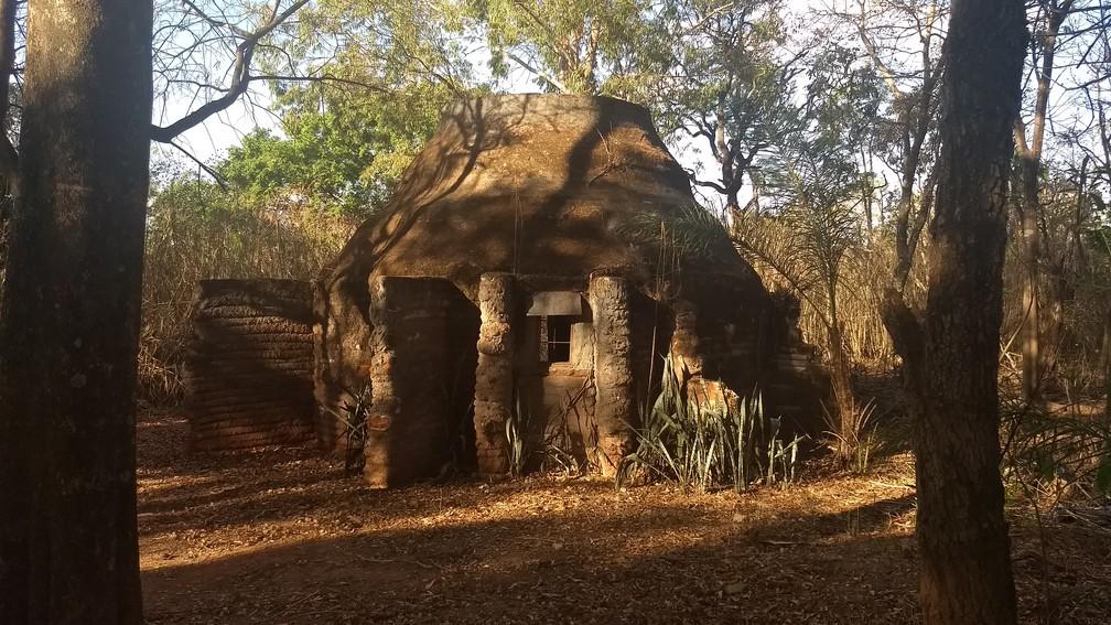 Templo utilizado pelos indígenas do DF para cultuar Tupã (Foto: Marília Marques/G1 )