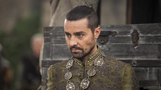 'Deus Salve o Rei': Ricardo Pereira responde comentários dos fãs sobre as facetas de Virgílio. Confira!