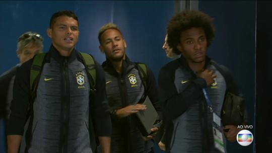Seleção brasileira chega ao estádio em São Petersburgo para jogo contra Costa Rica