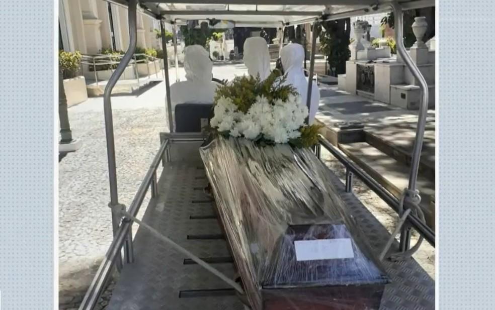 'Vamos entrar em colapso', diz dono de funerária em Salvador sobre demanda de sepultamentos na pandemia da Covid-19 — Foto: Reprodução / TV Bahia