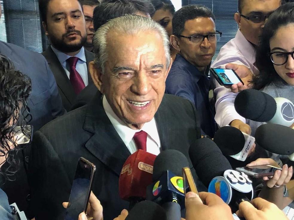 Iris Rezende apresentou balanço sobre os dois primeiros anos de sua gestão como prefeito de Goiânia — Foto: Murillo Velasco/G1