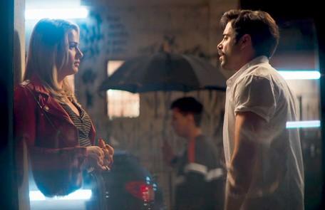 Na quarta (21), Britney (Glamour Garcia) vai revelar a Abel (Pedro Carvalho) que ela é transgênero  Reprodução