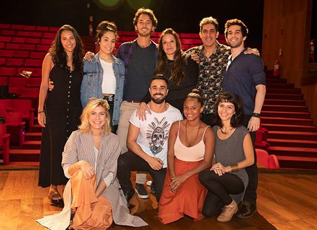 Elenco do musical Meu Destino é Ser Star - Ao Som de Lulu Santos (Foto: Foto:  Divulgação)