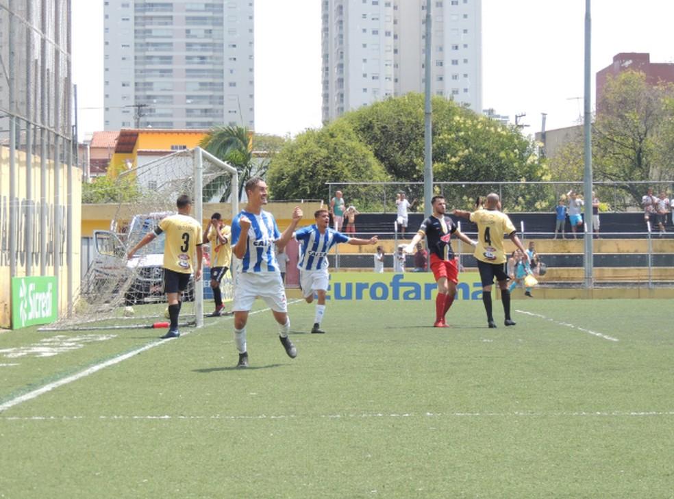 Léo fez o gol do CSA contra o São Bernardo FC — Foto: Eduardo Vieira/ASCOM CSA