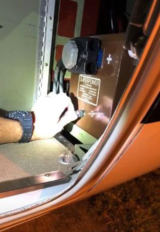 Aparelho com defeito do avião de Wesley Safadão (Foto: Reprodução/Instagram)