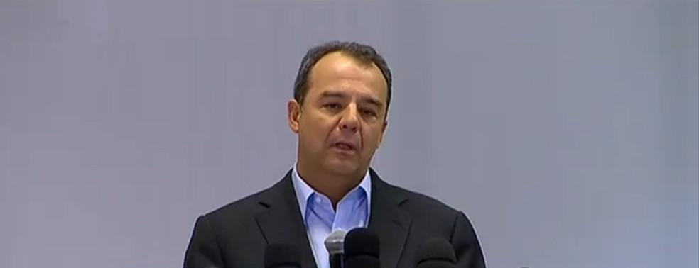 Sérgio Cabral durante entrevista sobre os protestos de 2013 — Foto: Reprodução Globo/News