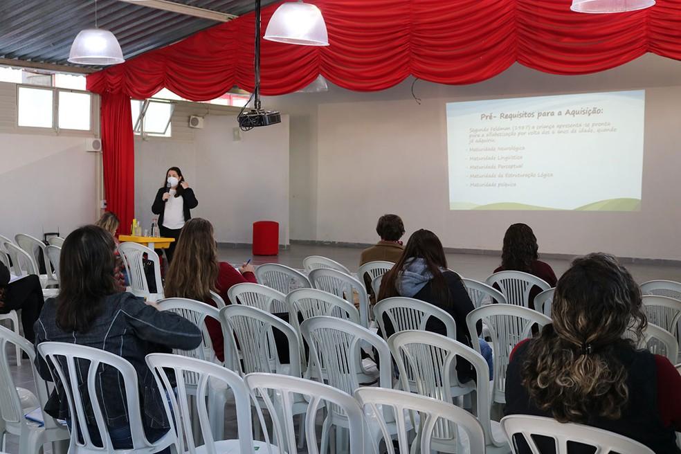 São Lourenço fez capacitação profissionais em educação inclusiva para volta das aulas — Foto: Divulgação/Prefeitura de São Lourenço