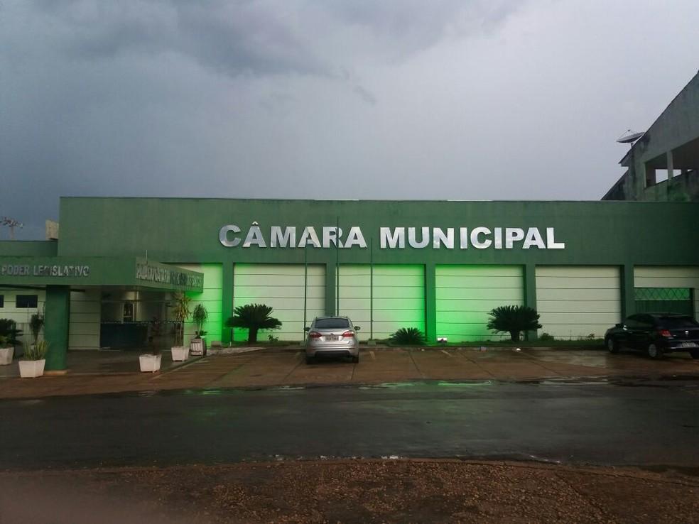 -  Câmara Municipal de Cacoal  Foto: Fernanda Bonilha/G1