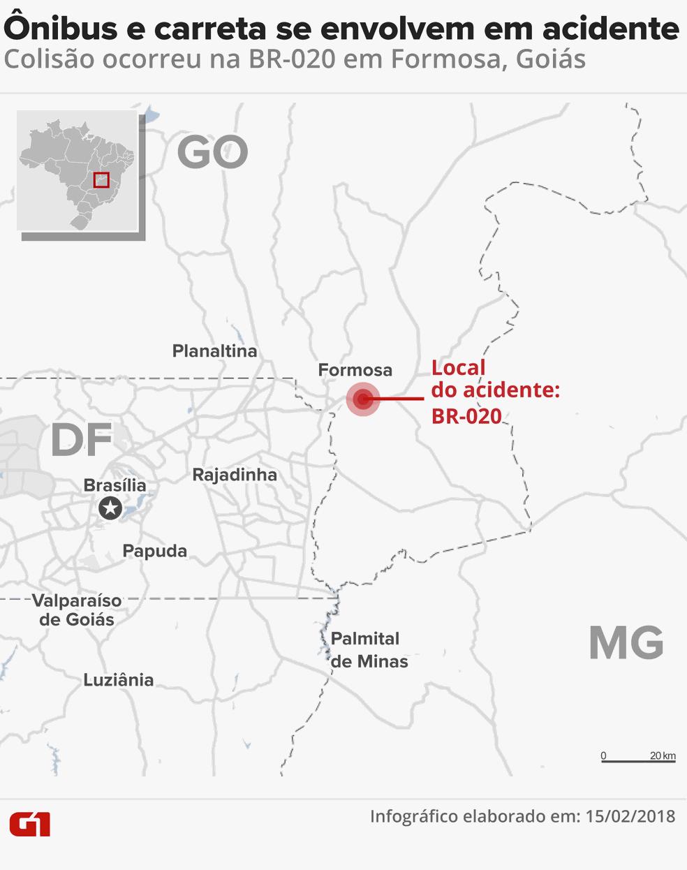 Ônibus colide com carretas e deixa 6 mortos em Goiás