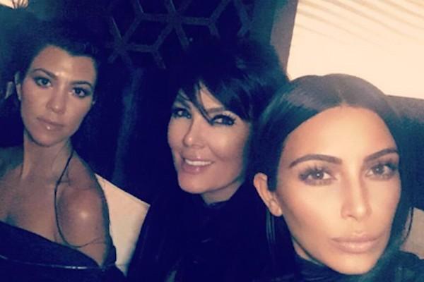 As socialites Kim Kardashian, Kourtney Kardashian e Kris Jenner (Foto: Instagram)