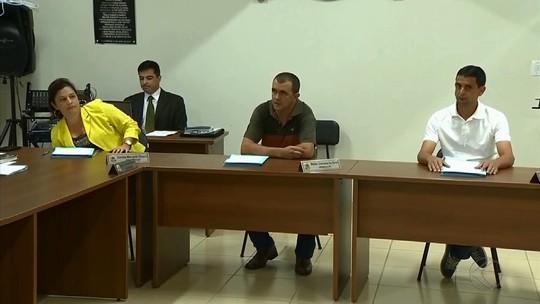 'Nada a declarar', diz vereador suspeito de homicídio ao reassumir mandato em Bias Fortes, MG