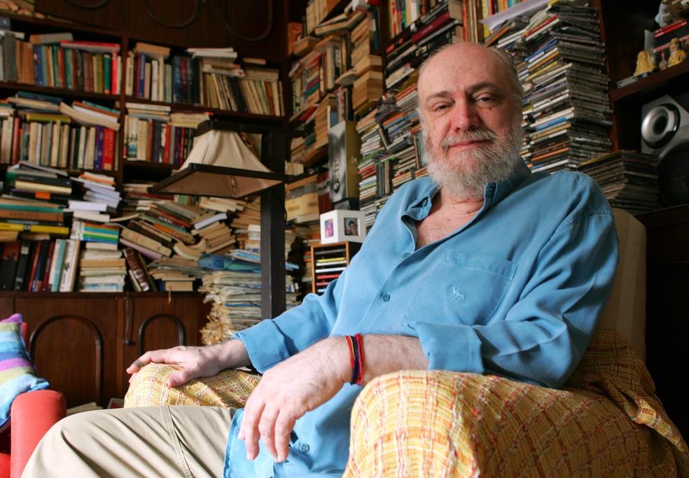 O compositor e escritor Aldir Blanc foi diagnosticado com Covid-19 — Foto: FÁBIO MOTTA/ESTADÃO CONTEÚDO