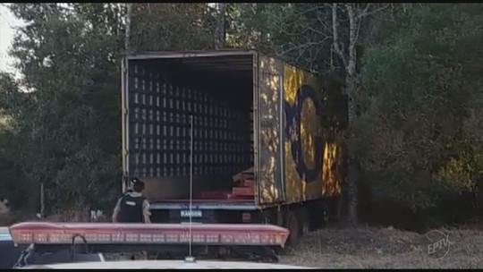 Caminhão carregado com televisores é encontrado na zona rural de Campanha, MG