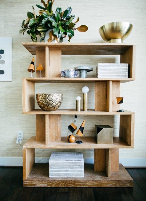 O minimalismo é uma boa dica para deixar seu ambiente mais leve (Foto:  Adrian Busse / POPSUGAR )