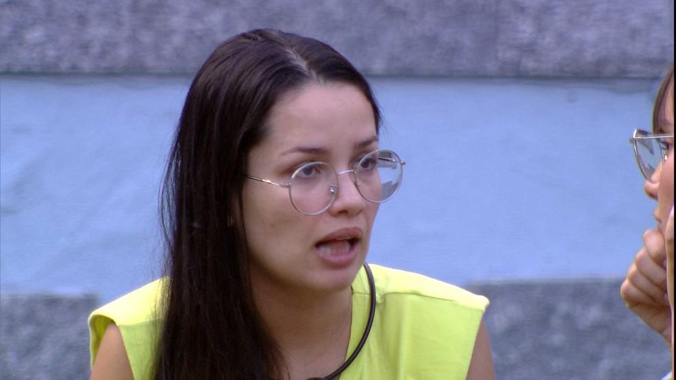 Juliette pontua para Thaís sobre relação com sister: 'Não há competição aqui, não quero ficar no meio da amizade de vocês' — Foto: Globo
