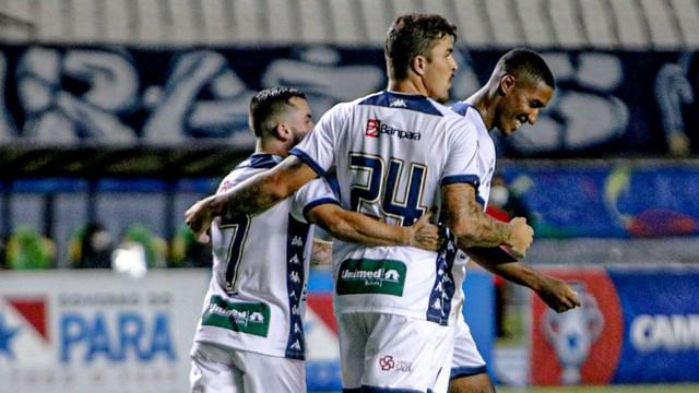 Gelson participou do lance do gol contra do Castanhal