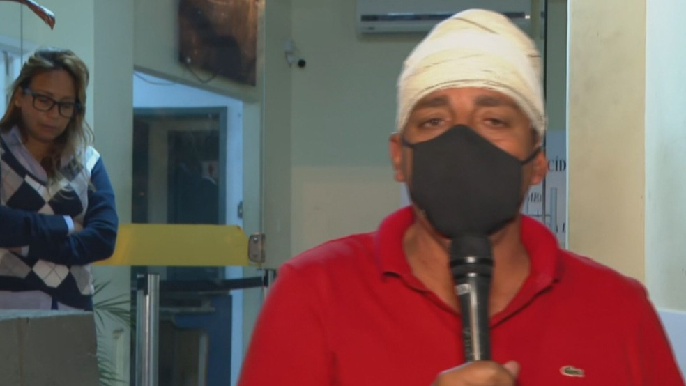 O vereador e candidato Zico Bacana (Podemos) foi baleado na Zona Norte do Rio — Foto: Reprodução/TV Globo