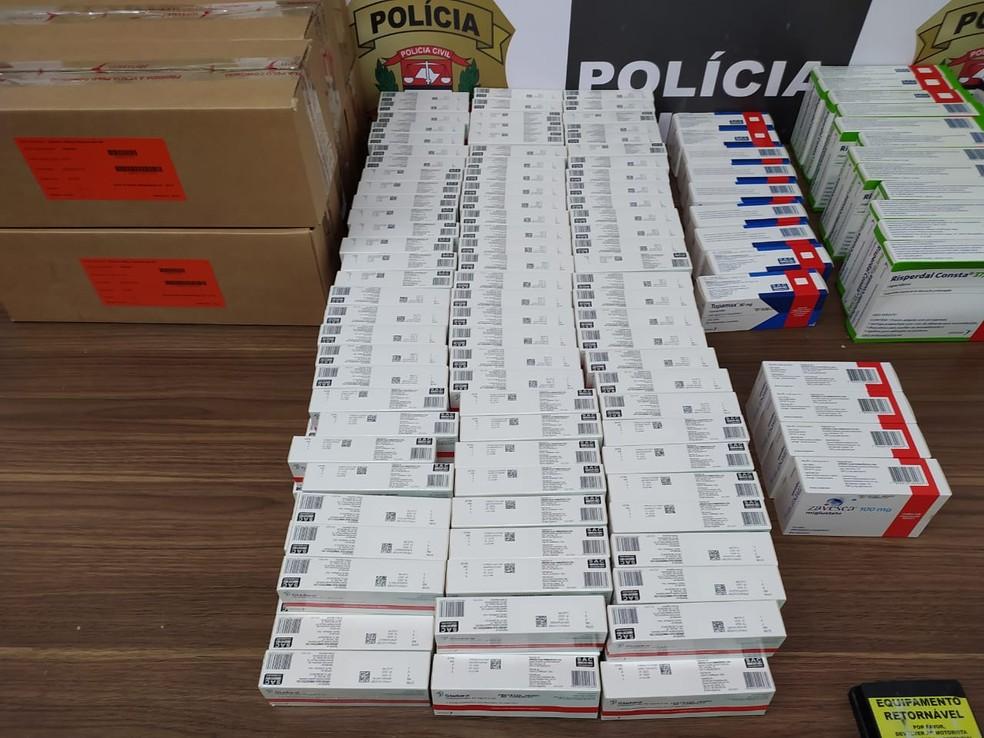 Carga de remédios roubada em SP é recuperada pela PRF — Foto: Divulgação/PRF SP