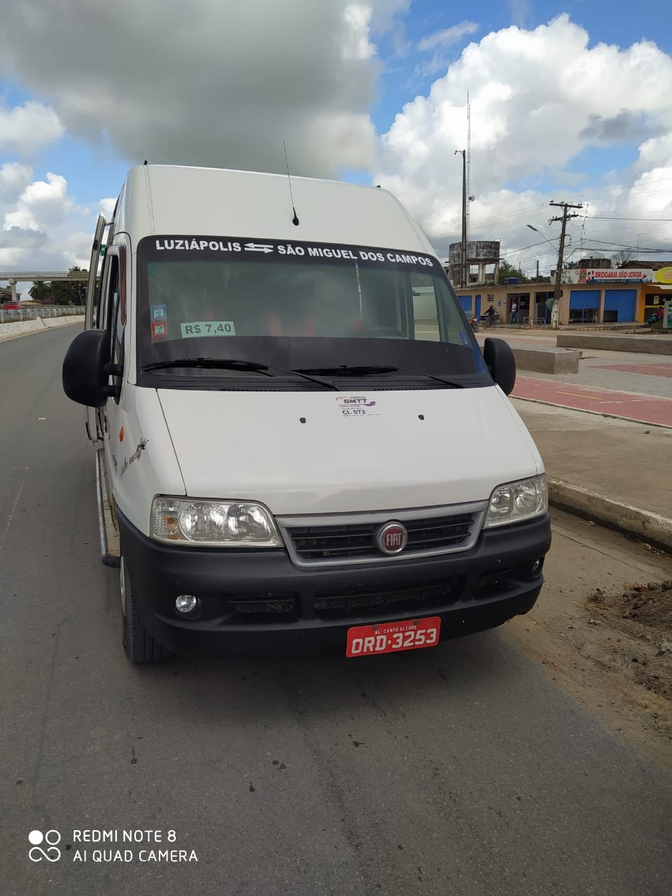PM persegue van com passageiros pela contramão na BR-101, em Alagoas; assista