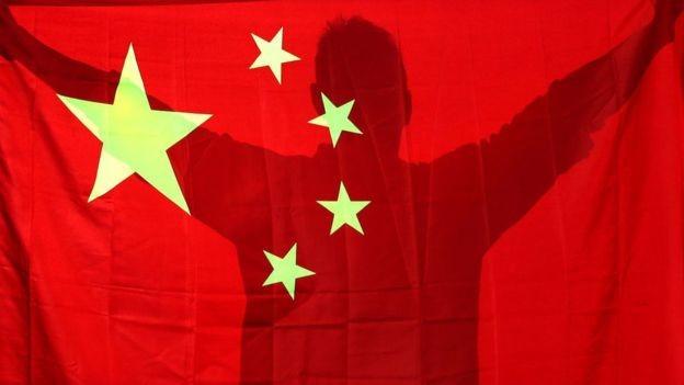 China desvalorizou sua moeda, para tornar suas exportações mais competitivas (Foto: Getty Images via BBC News Brasil)